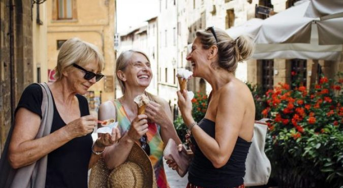 Florence_Food_Tour_Market_Lunch_Samples_ArtViva_Experiences_Reduced-600x400